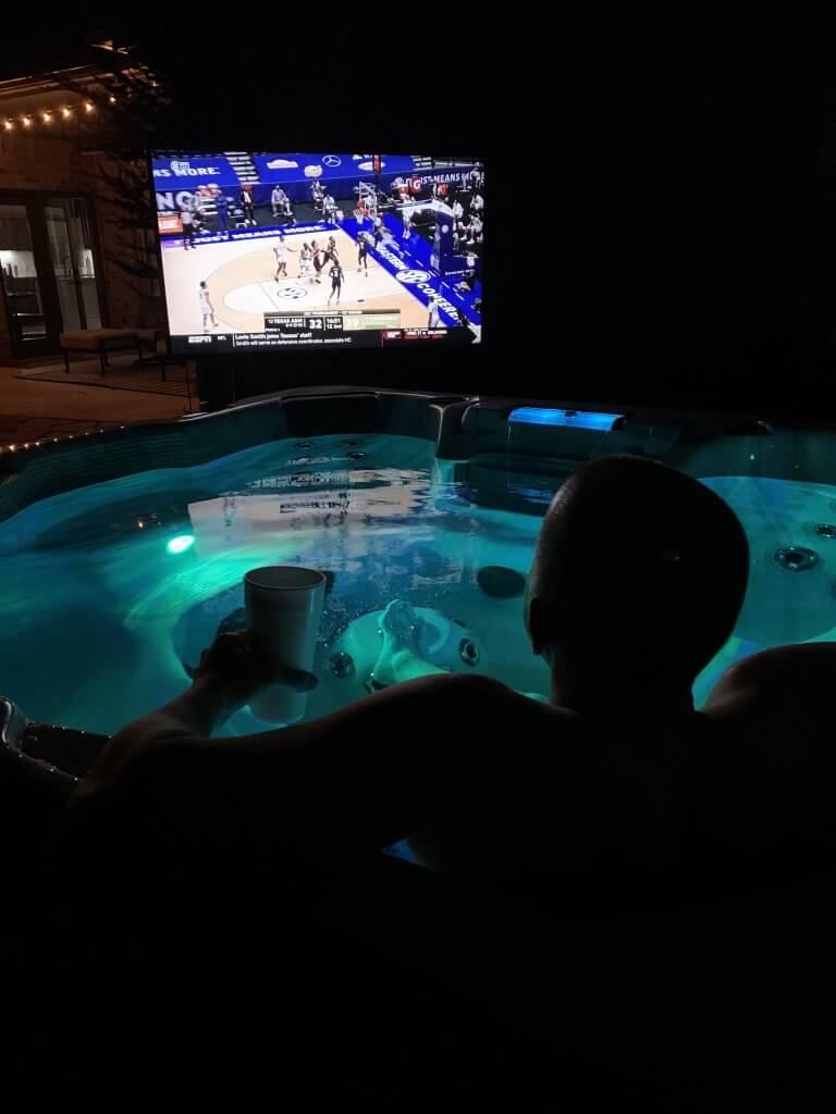 Oahu Hot Tub Tropic Seas Spas