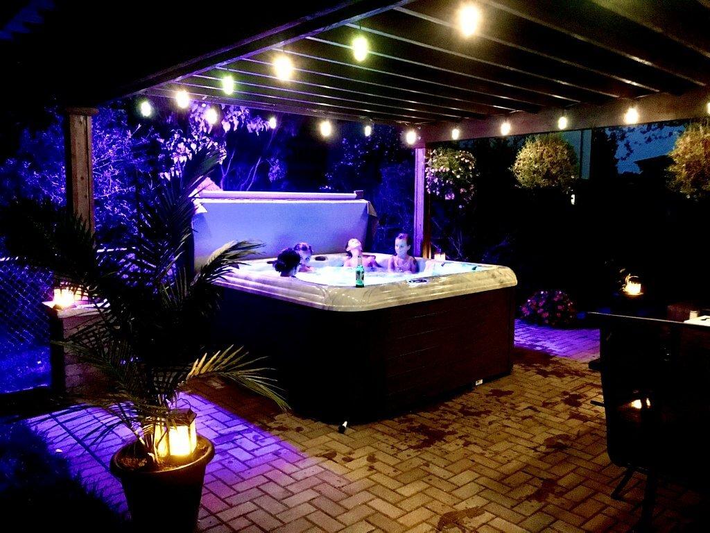 Rio Hot Tub by Tropic Seas Spas